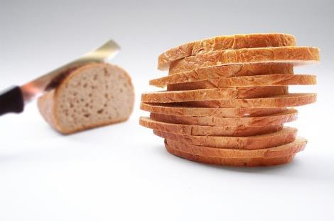 Menyimpan Roti