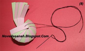 cara membuat lampion imut dari kertas bekas 8
